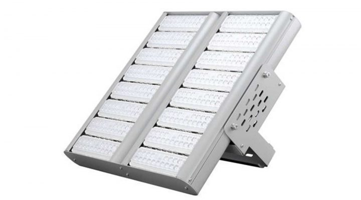 overhead LED tank lighting