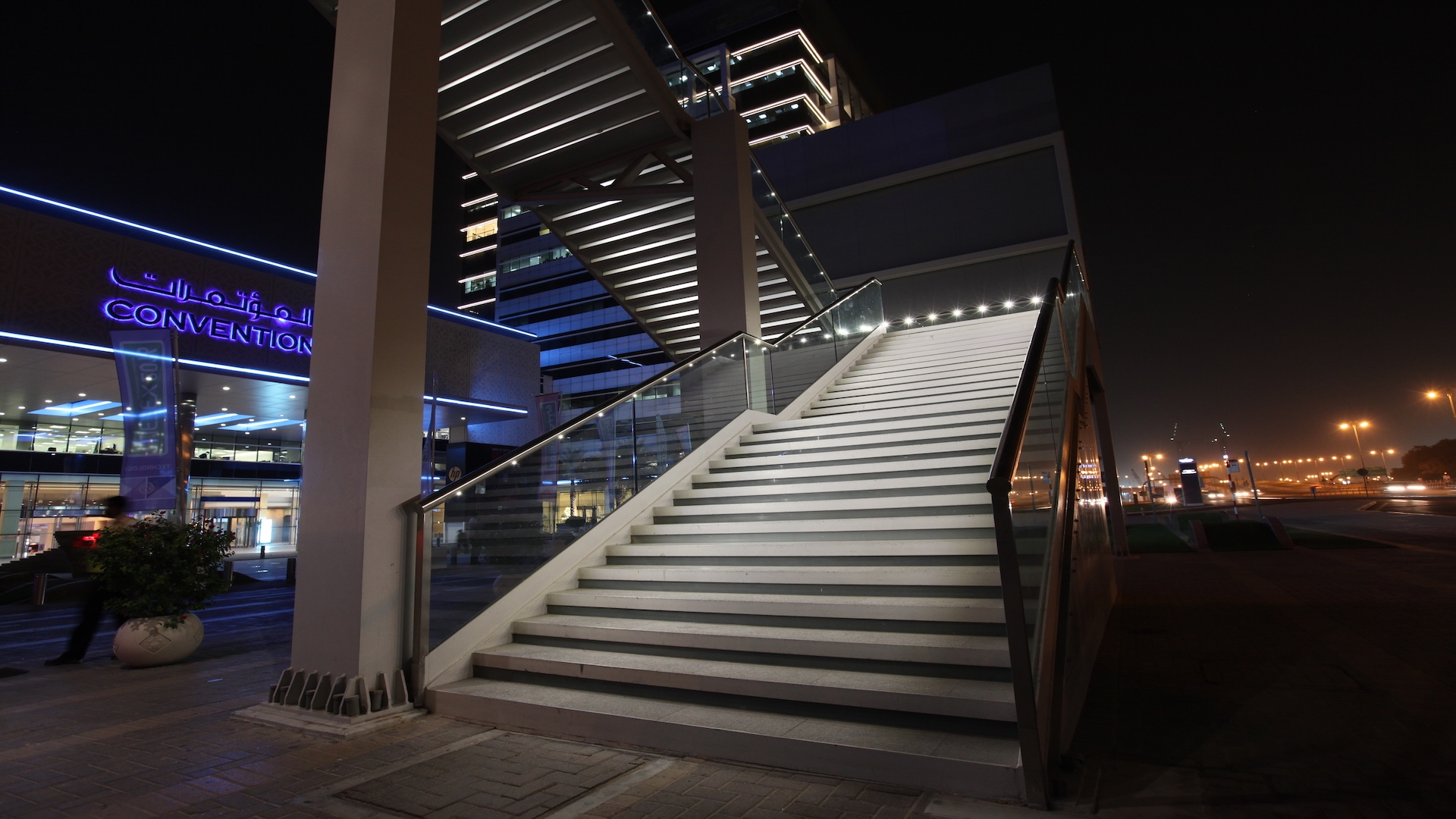Snap The Number One Choice In Integrated Handrail Lighting